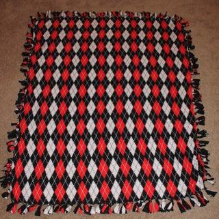 Easy Peasy No Sew Blanket