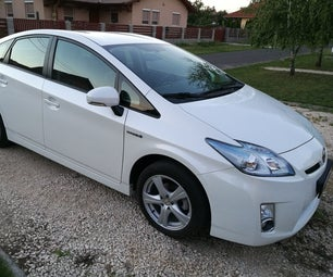 Toyota Prius Gen 3 Front Cooler Cleaning