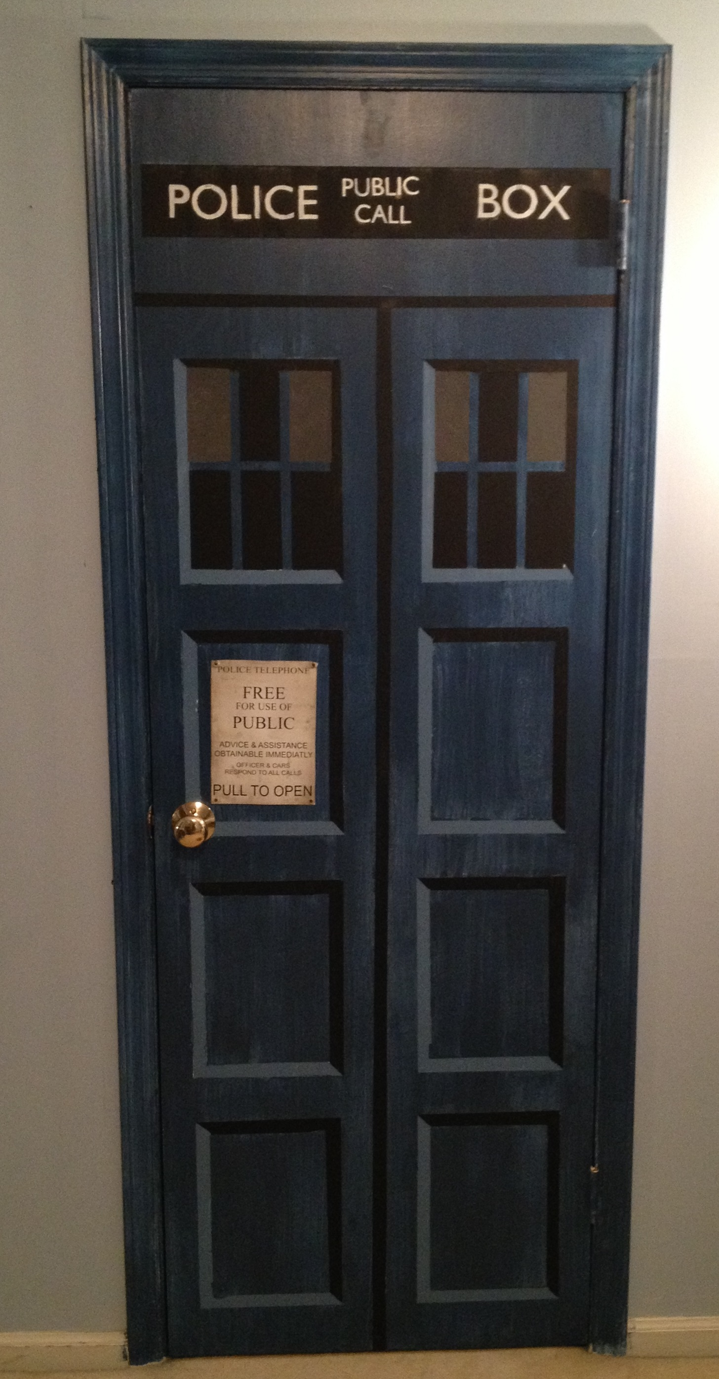 Make Your Own Tardis Door 9 Steps With Pictures Instructables