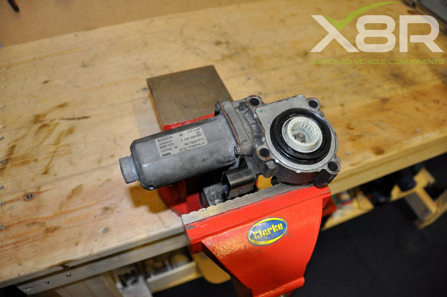 BMW X3 X5 X6 Gear Box Transfer Case Servo Actuator Motor Repair Gear Installation Instructions Guide.