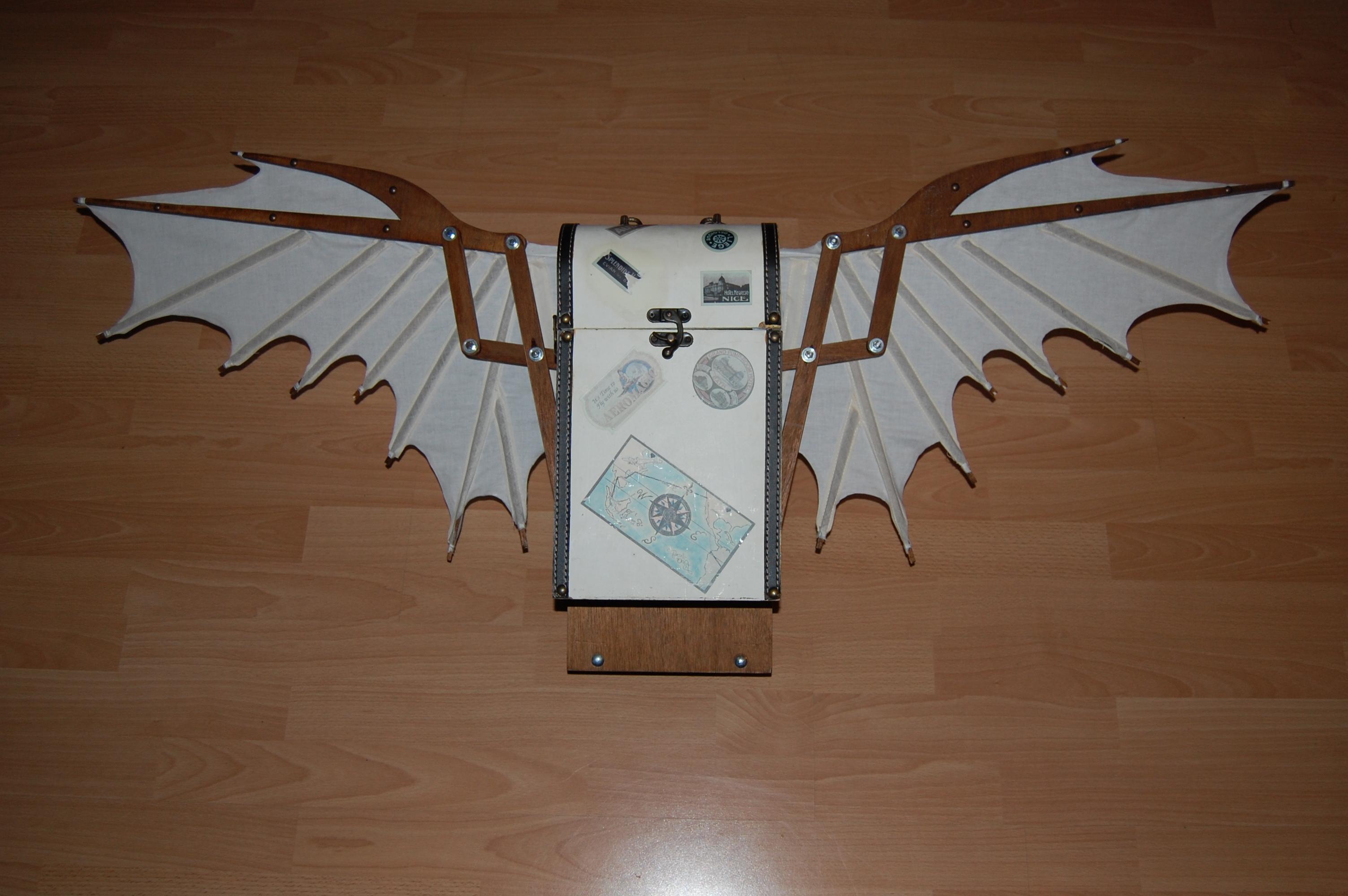 Steampunk auto-folding wings