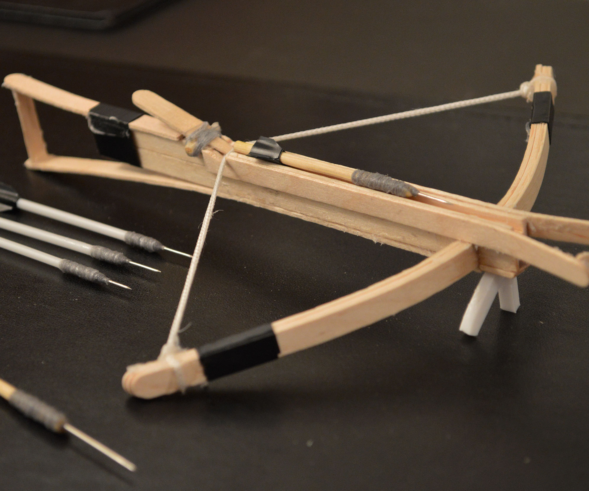 How to Make a Mini Crossbow⸮