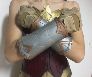 Wonder Woman Cosplay: Bracelets of Submission
