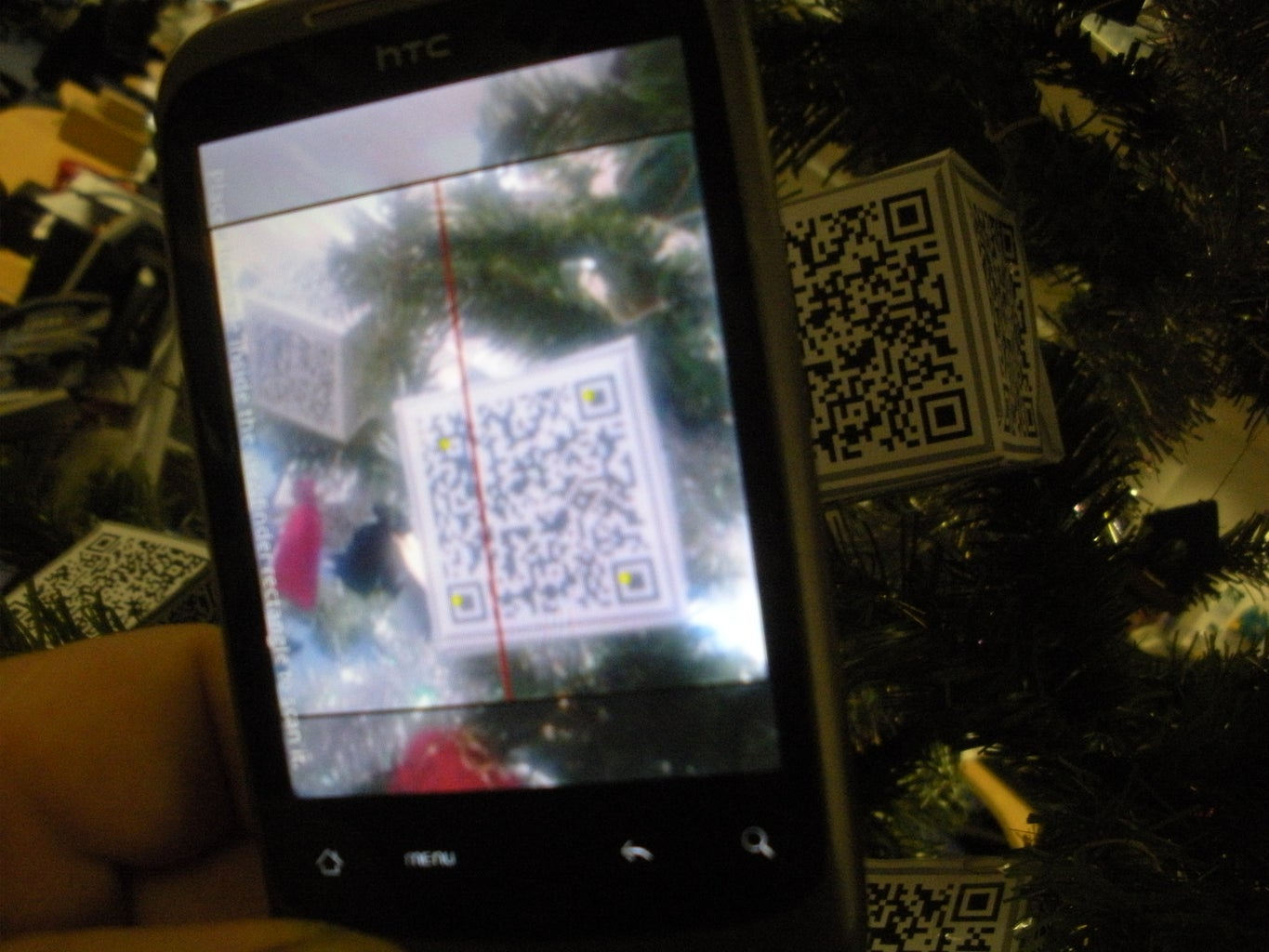 Scan the Christmas Tree Decorations