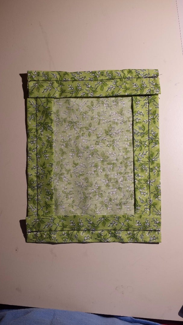 Draw Guiding Lines and Sew the Top & Bottom