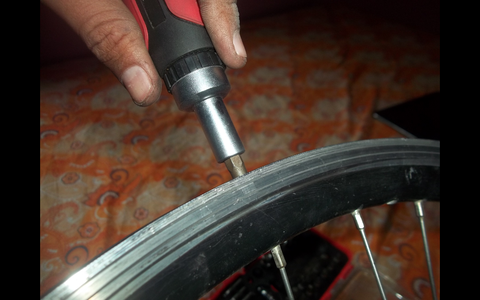 Removing the Spokes .