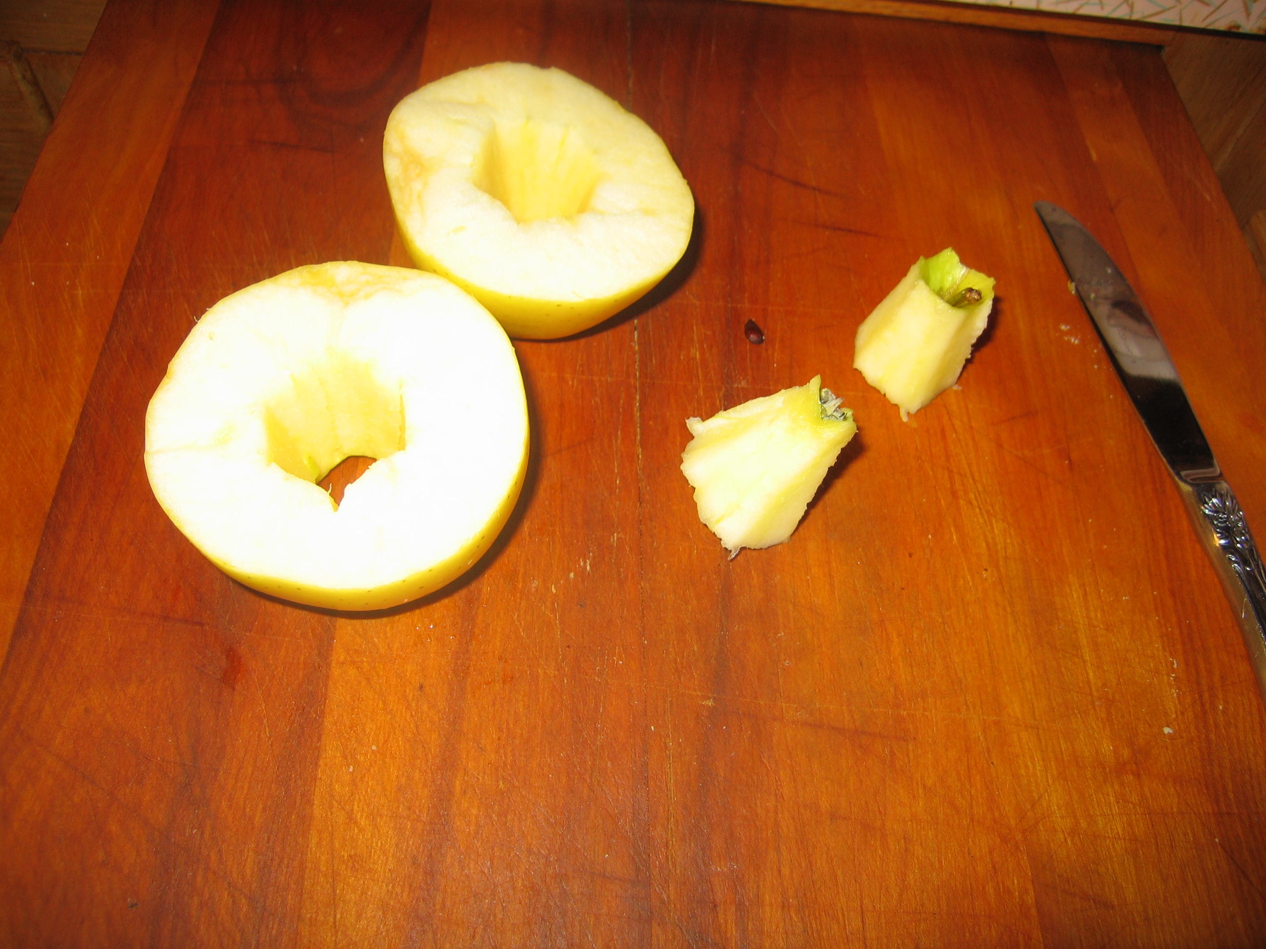 How to core an apple (the fun way!)
