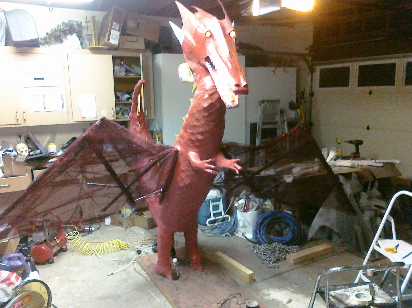 """Halloween 2009: """"Fire"""" Breathing Dragon With Articulated Wings"""