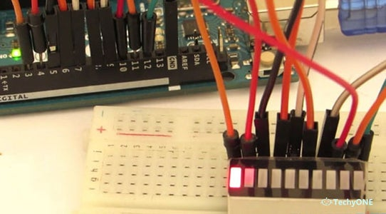 Knight Rider Pattern With 10 LED Bar Graph Display