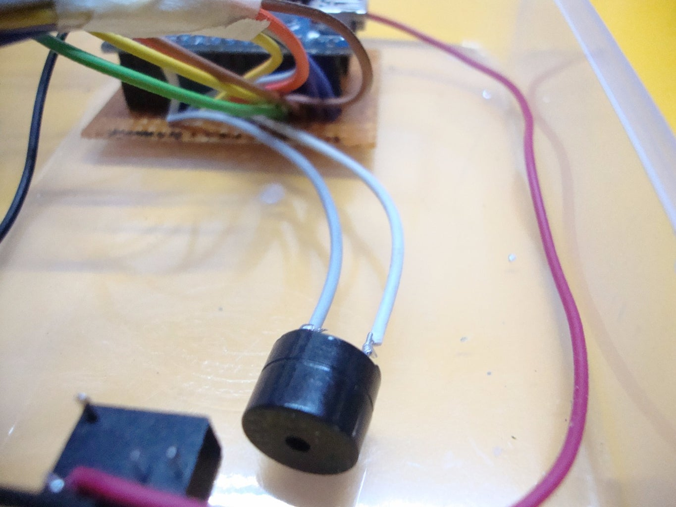 Connect the Microbuzzer