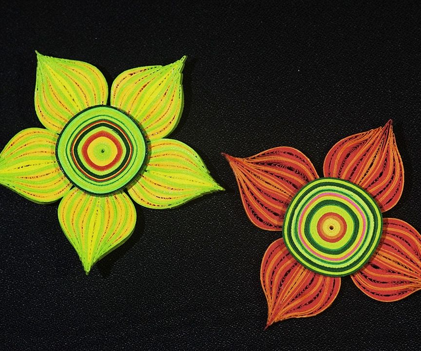 Biig Quilled flowers - Quilling made easy!
