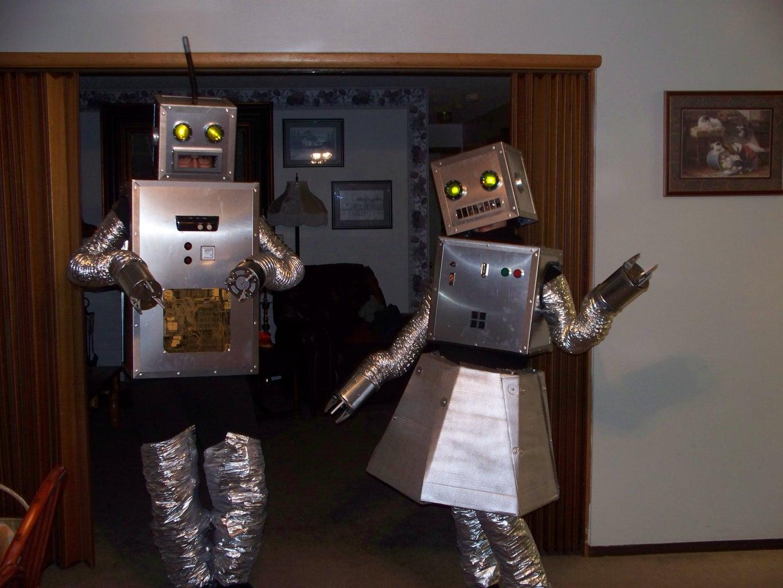 Making the Robot Girl Skirt