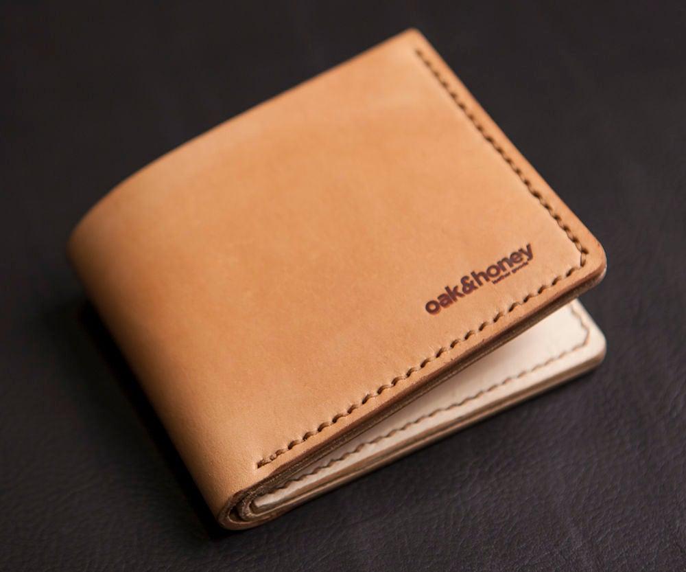 Khaki vegetable dye wallet