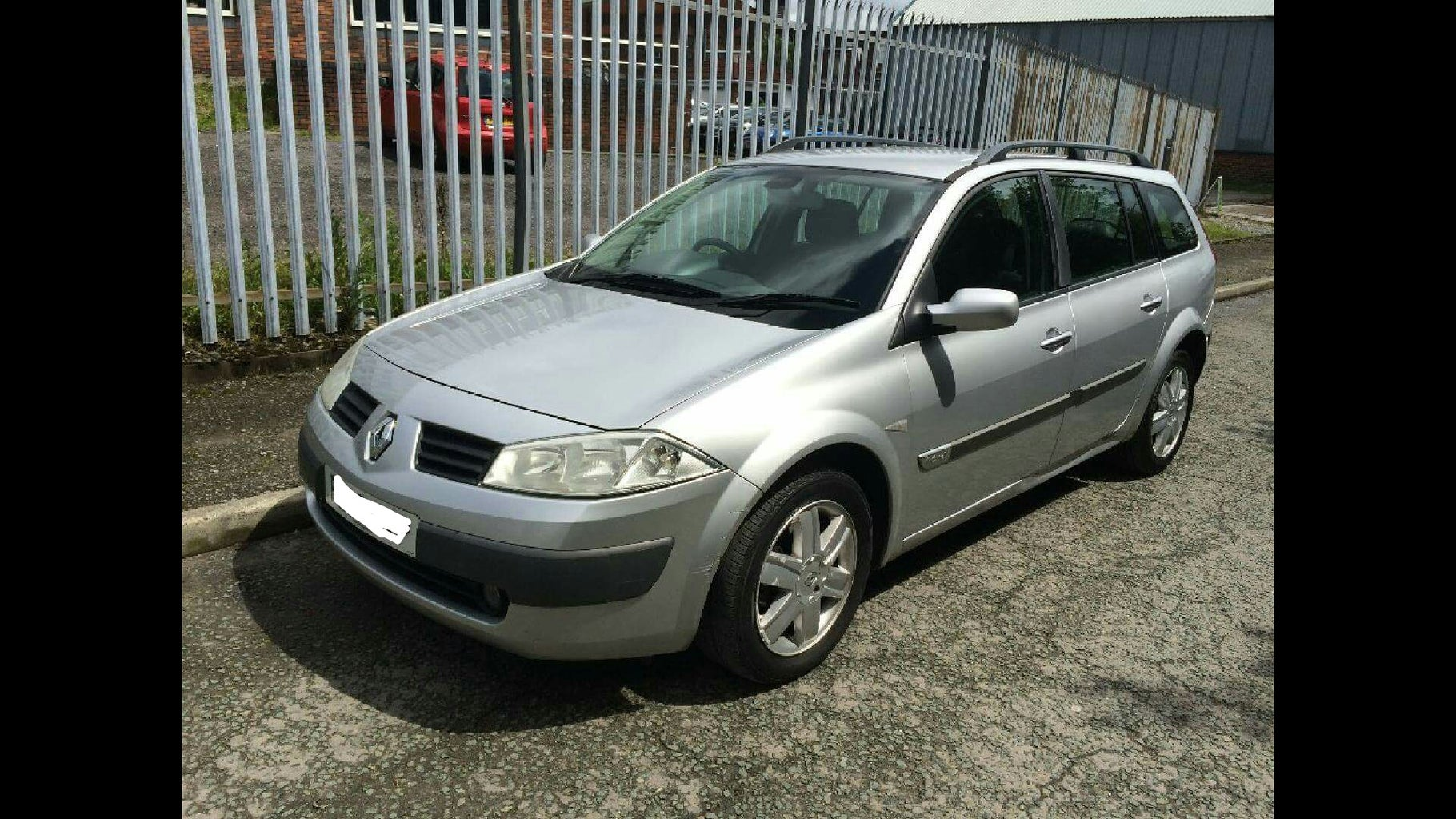 Renault Megane 05 Spark Plug and Coil Replacement!