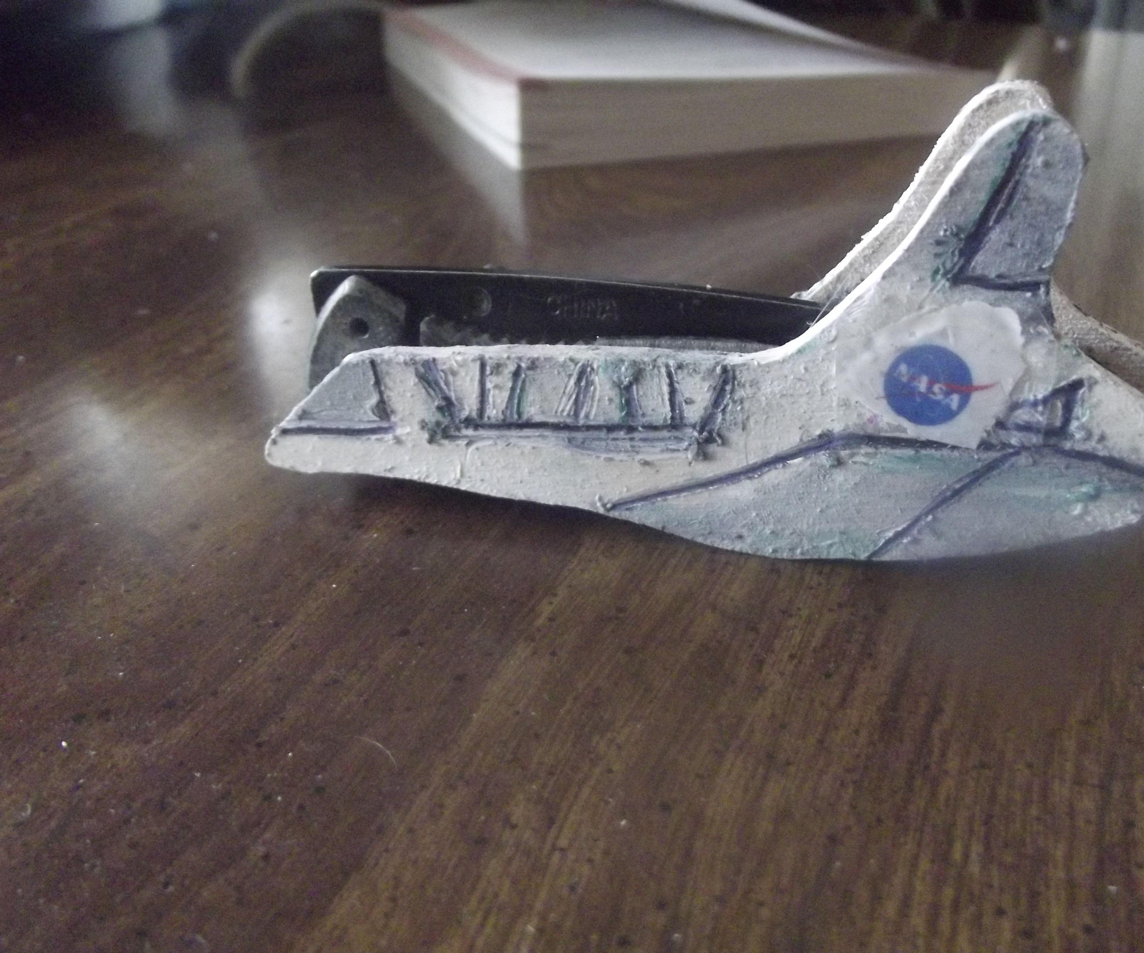 Space Shuttle Pocket Knife