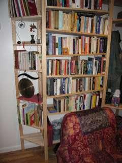 IVAR small triangular shelf