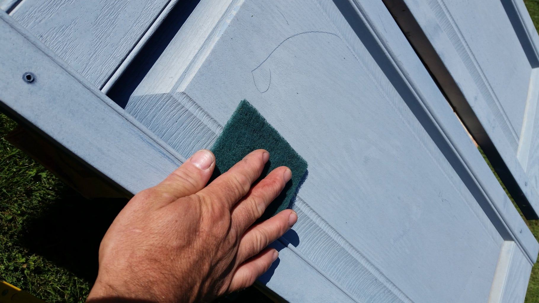 Prepare Shutters for Paint