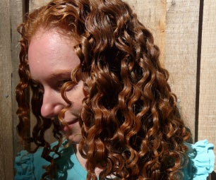 Homemade Flaxseed Hair Gel for Curly, Frizzy Hair
