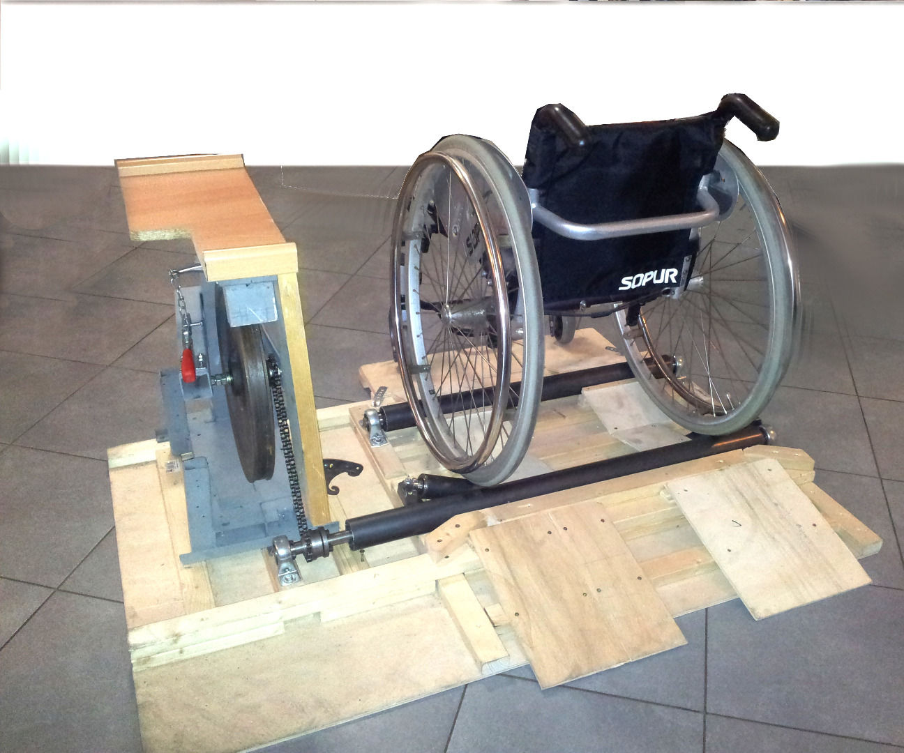 Fitness trainer for wheelchair users (Kabelboy)