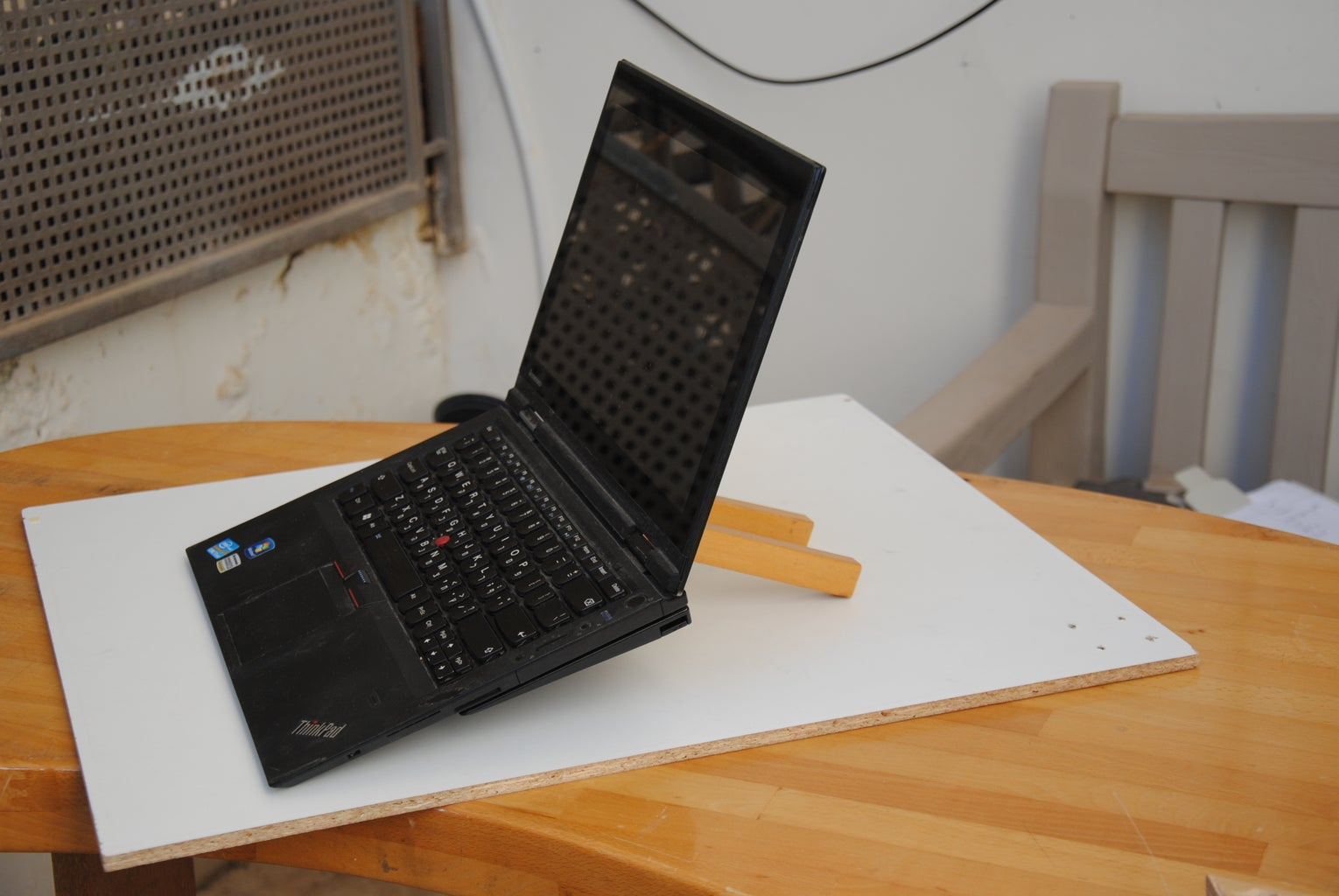 How to Make a Wooden Laptop Stand (Adjustable Angle)