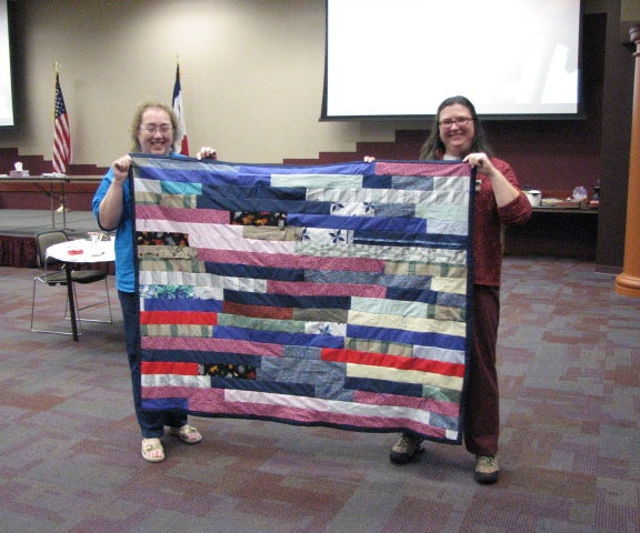 How to Host a Quilt-in Event