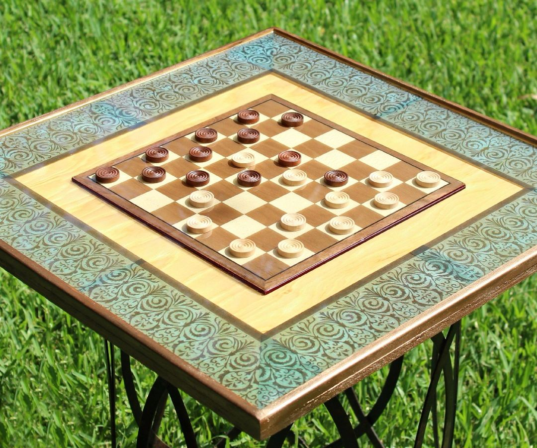Super High Gloss Resin Game Table