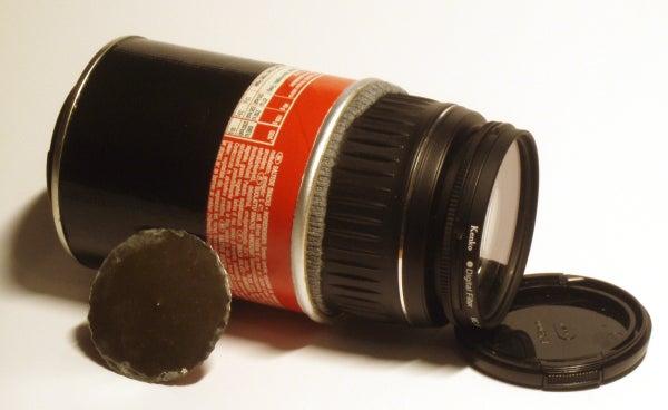 Cheap Macro and Pinhole Lenses for DSLR:s