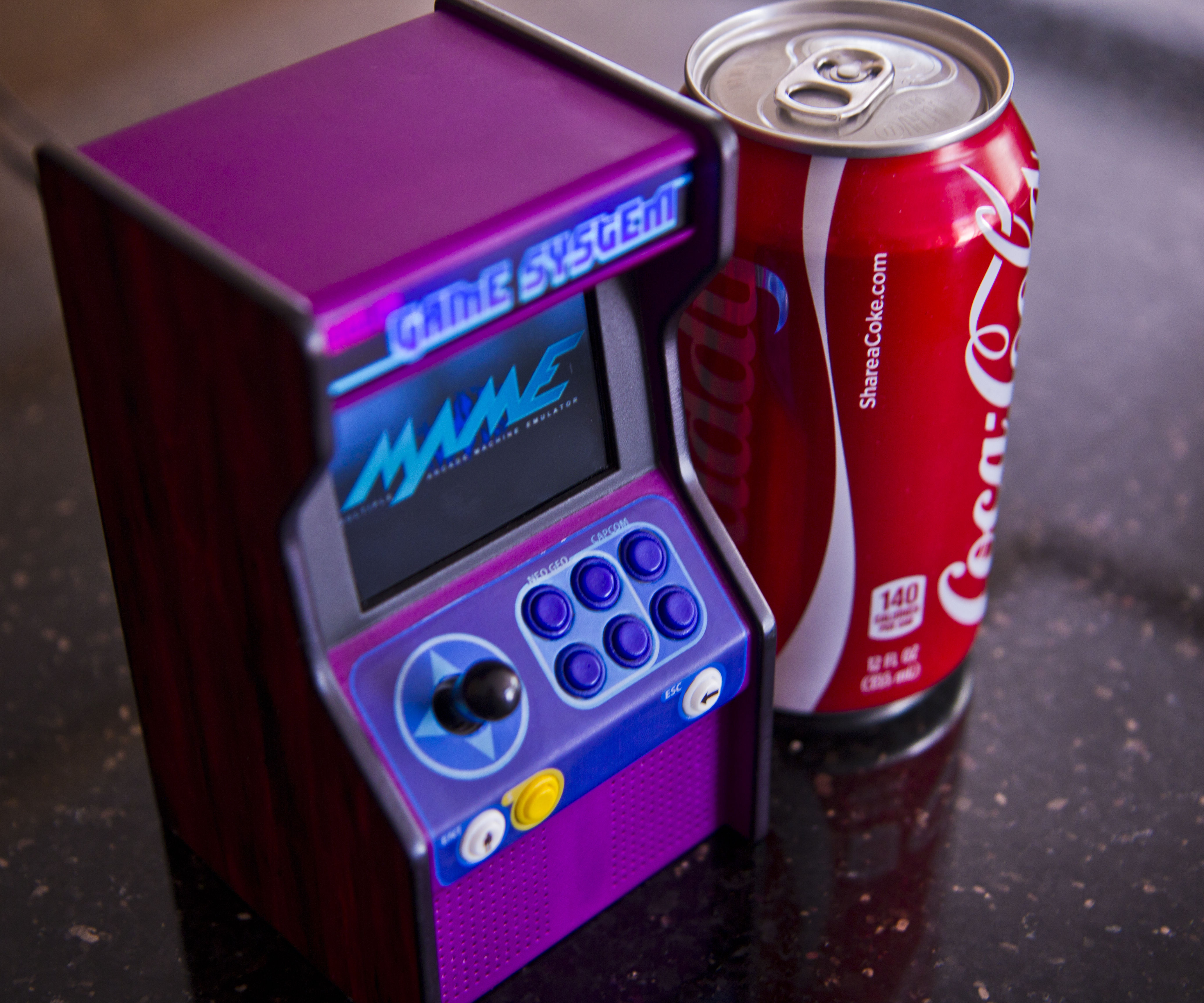Micro Raspberry-Pi arcade cabinet