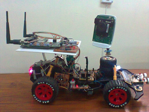 Wifi Robot With Realtime Video Transmission, Hurdle Detection and Light Sensitivity