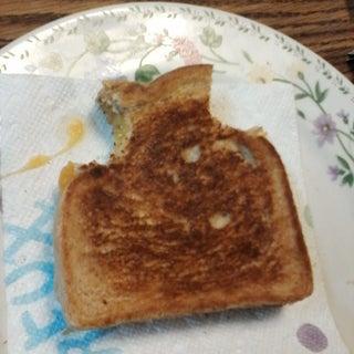 grilled cheese sandwich 010.jpg