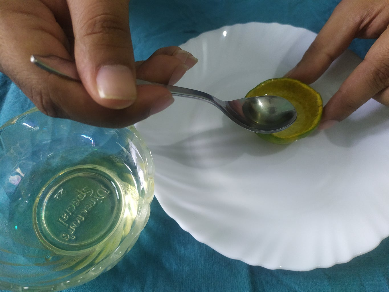 Fill This Peel Bowl With Clarified Butter and You Can Add Some Drops of Lemon and Orange Juice to Feel Fresh Fragrance