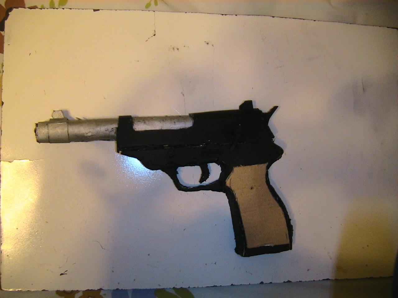 Walther P38 Cardboard