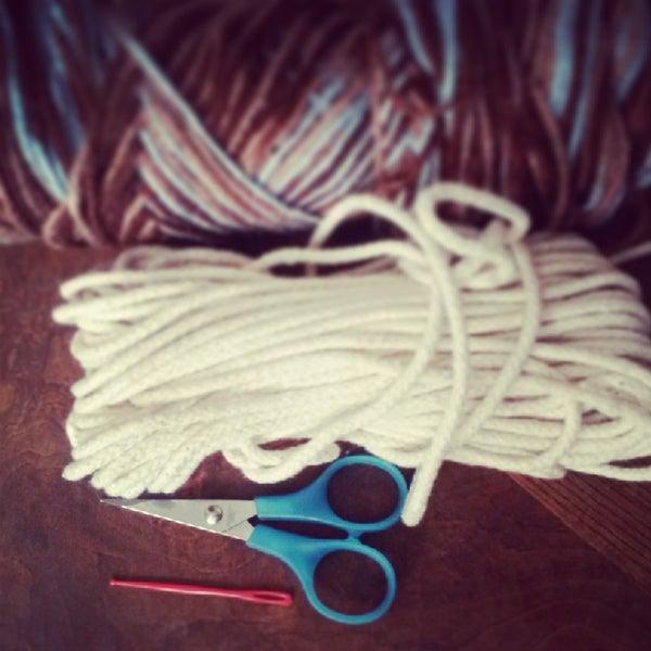 Weaving a Yarn Basket