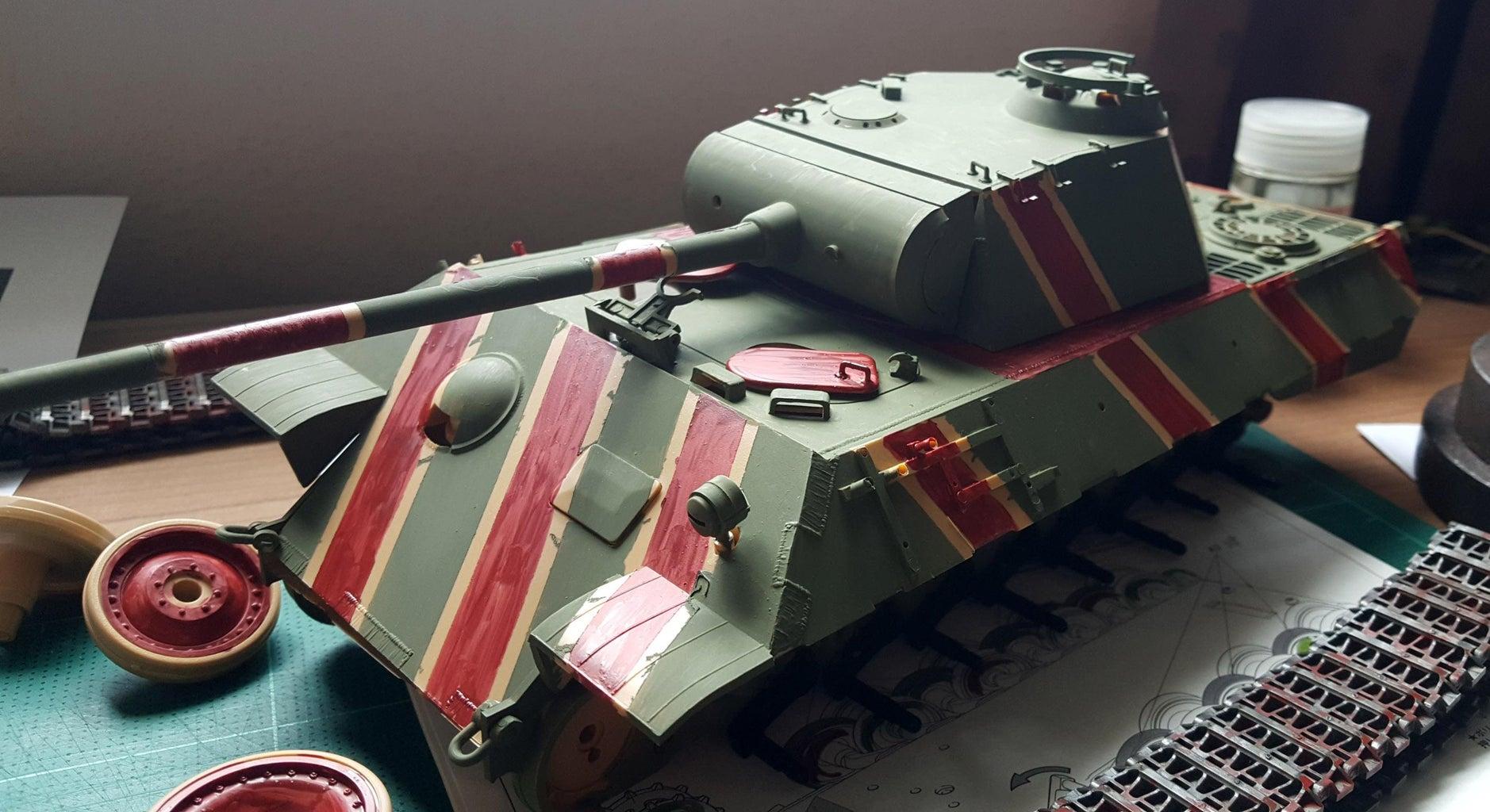 Paint Color Scheme of the Tank.