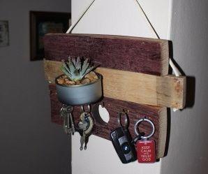 Barrel Wood Key Holder