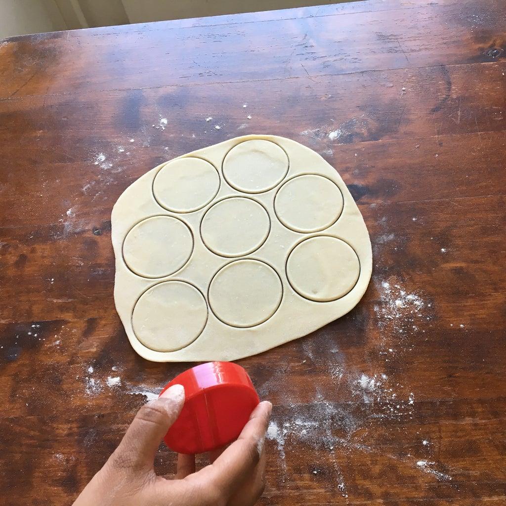 Making Dough Circles