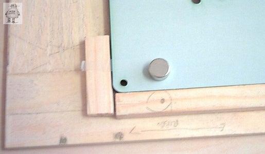 Case Closed Magnet