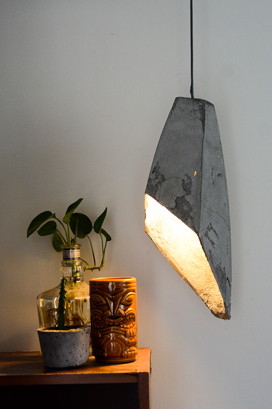 Hanging Concrete lamp