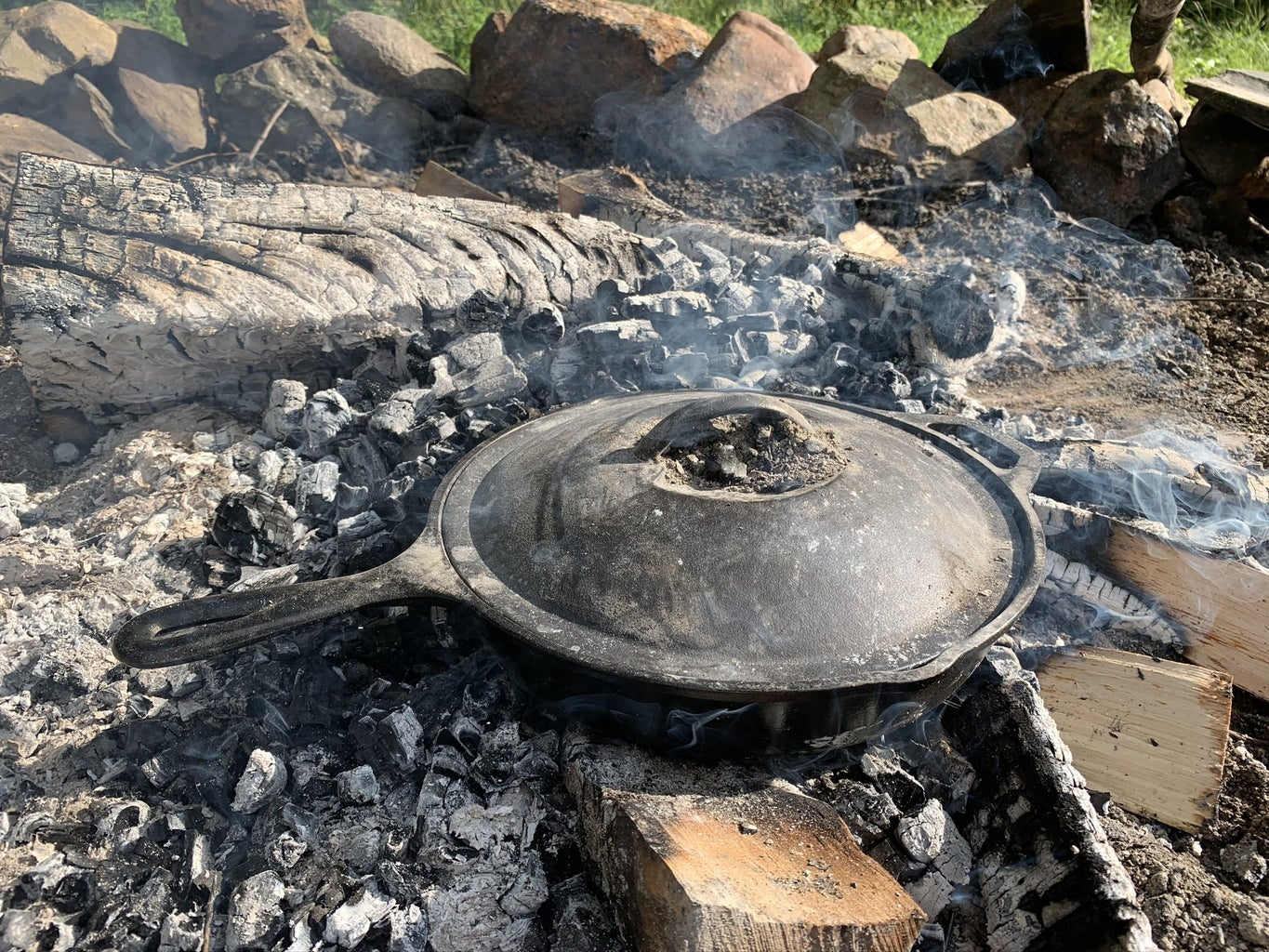Bake the Pizza on the Fire