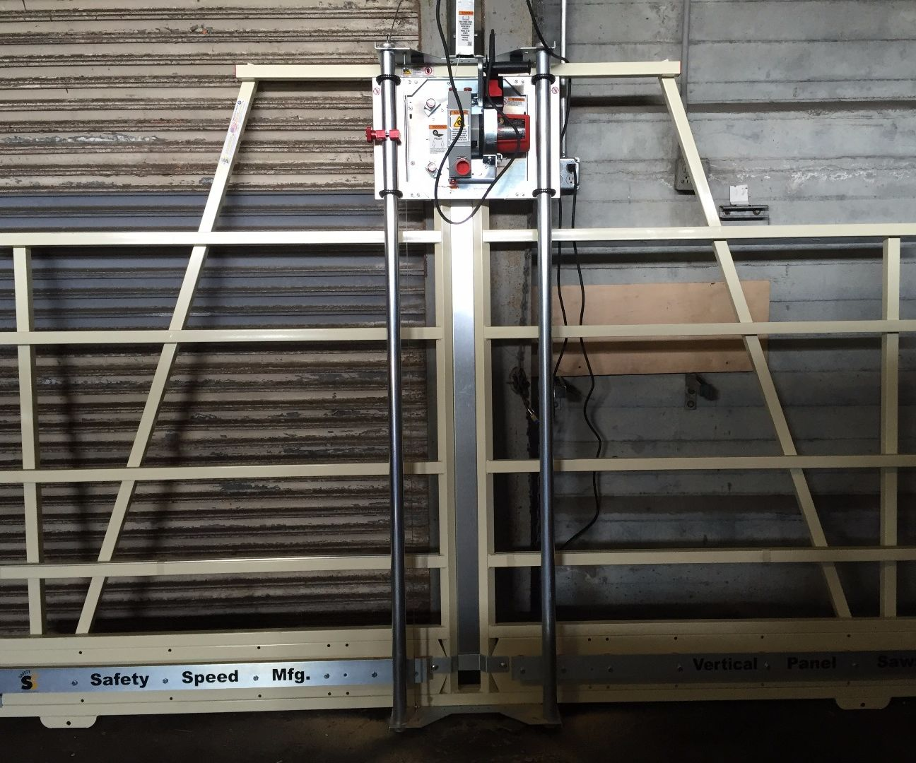 Pier 9 Guide: How to use the panel saw