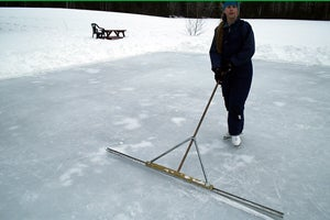 Make a Cheap Backyard Ice-skating Rink