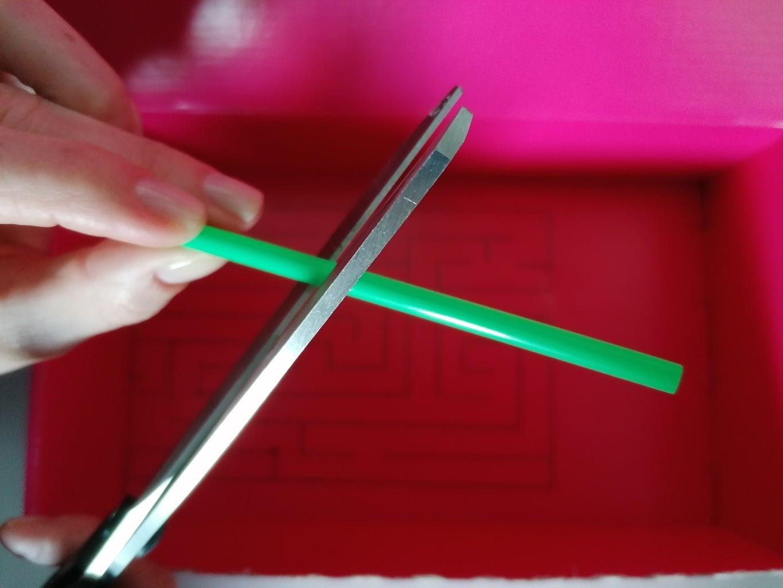 Cut the Straws
