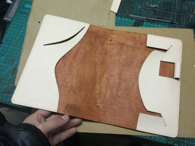 Glue Linings on and Sew Them Together With Surface Leather.