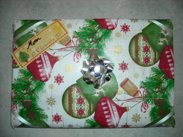 How to Wrap a Flat Gift