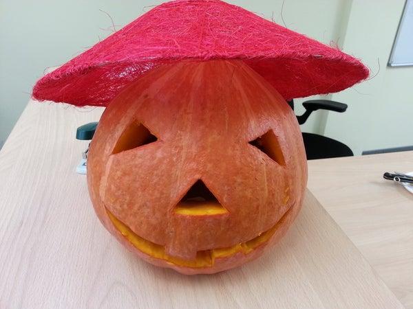 Easy Helloween Pumpkin in the Office