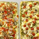 Easy, Super Cheesy Flatbread Pizzas