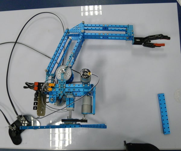 Building Robotic Arm With Makeblock Parts