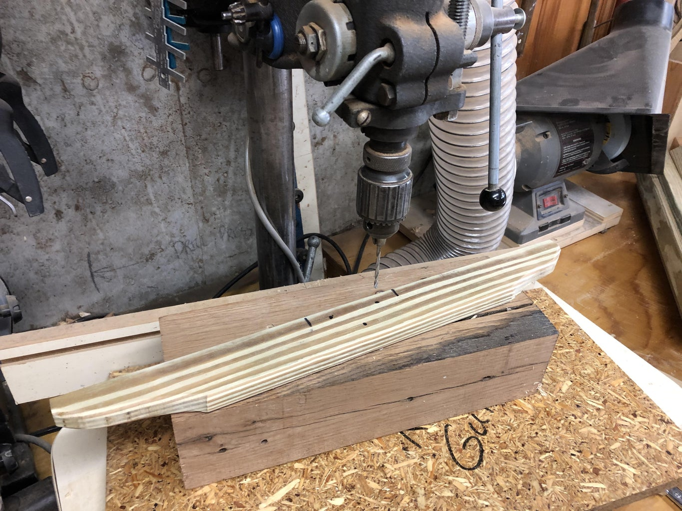 Making the Lower Sign Braces