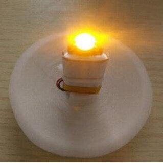 white_yellow_light_moon_lamp.jpg