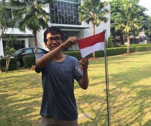 DIY Twitter Flagpole